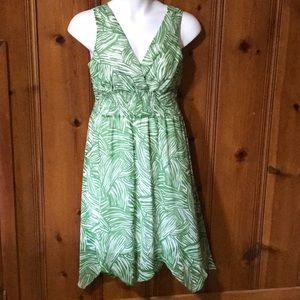 Sleeveless Green and White Dress, Size 12